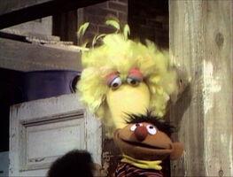 SesameStreet-MuppetKiss-BigBird&Ernie