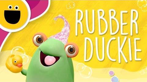 Marvie_Sings_Rubber_Duckie_(Sesame_Studios)