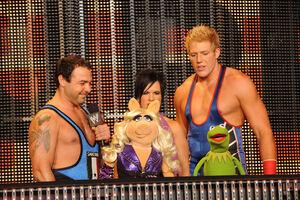 WWE-Raw-TheMuppets-(2011)-01.jpg