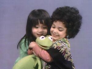 Kermit.Shola.Fannie.nextto.jpg