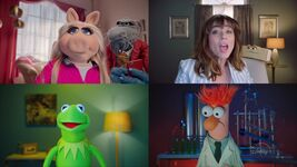 MuppetsNow-Trailer-01-LindaCardellini