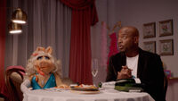 Muppets Now 103 Taye Diggs