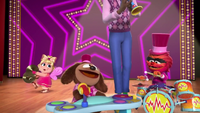 MuppetBabies-(2018)-S02E21-BlockBusters-LookAtMe-Rowlf
