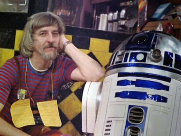 Spinney and R2D2