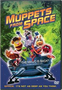 Muppets From Space DVD - Green Moon.jpg