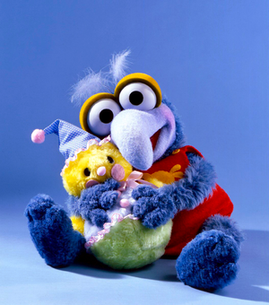 MuppetBabies-Puppets-GonzoWithClownCamilla-Cleaned.png
