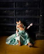 Miss-Piggy-Kermit-the-Frog-by-Dominick-Guillemot fy8