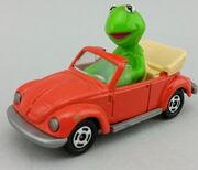 Tomy kermit car