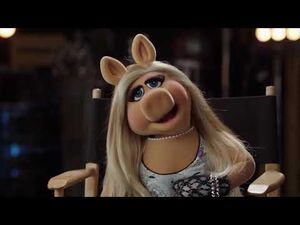 Up Late with Miss Piggy The Muppets 2015 09 09