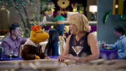 TheMuppets-S01E08-Scooter&Chelsea-Date03.png