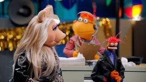 MuppetsNow-PepePiggyScoots.jpg