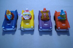 Carls Jr toys 01