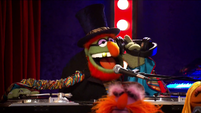 TheMuppets-S01E05-DrTeeth