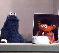 Cookie ernie cake
