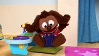 MuppetBabies-(2018)-S03E04-RowlfGetsTheBlues-TurningBrown
