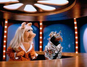 MuppetsFromSpace-UFO-Mania.jpg