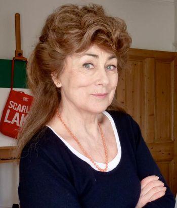 Niki Lyons