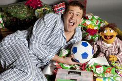 TheMuppets-Gary-Walter-Christmas.jpg