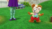 MuppetBabies-(2018)-S03E01-FozziesBooBooPatrol-RozzieKoalaClimb