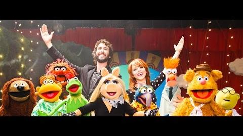 Pure_Imagination_-_Lindsey_Stirling_&_Josh_Groban_with_The_Muppets