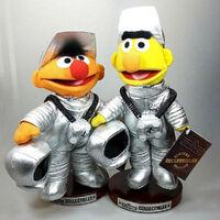 Sesamstrasse ernie bert astronauts 01