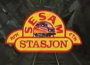 Sesam Stasjon logo.jpg