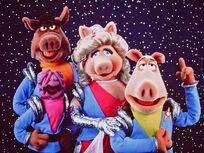 Pigs in Space: Deep Dish Nine