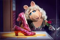 AroundTheMall-Muppets-MissPiggy-RubySlippers