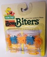 Bow biter international 1997 cookie monster 1