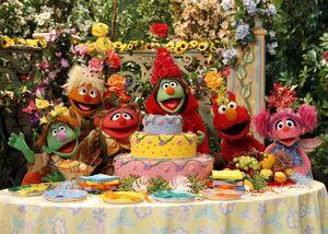 Elmo and abbys birthday fun screen cake.jpg