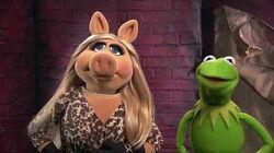Kermit and Piggy Wish Sky Movies Happy Birthday