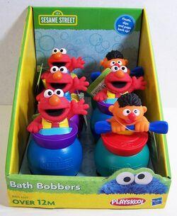 Playskool 2012 sesame street bath bobbers.jpg