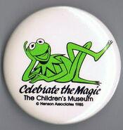 Children's museum indianapolis indiana 1985 kermit celebrate the magic button pin
