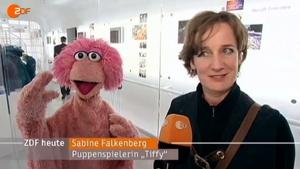 SabineFalkenberg&Tiffy-SesamstrasseExhibitionInBerlin-(2013)