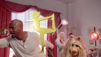 MuppetsNow-S01E02-TayeDiggs