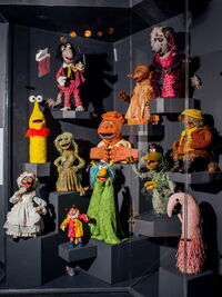 MOMI-puppets