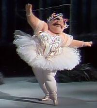 Ballerina pig solo