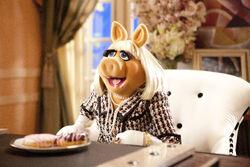 Muppets2011stillpiggy.jpg
