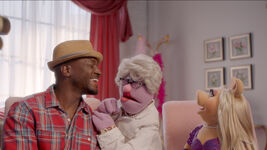 Muppets Now 101 Taye Diggs