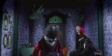 MuppetHauntedMansionTrailer (45)
