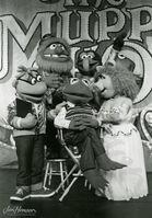 CM 871 MuppetShowLiveCastPhoto