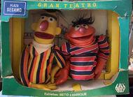 LL Bert Ernie puppet box
