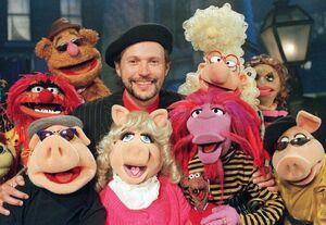 MuppetsTonight-BillyCrystal.jpg