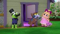 MuppetBabies-(2018)-S02E21-SherlockNose-SuspectPiggy