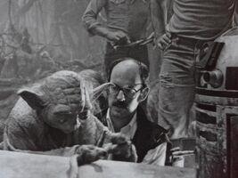 Frank Oz Yoda R2