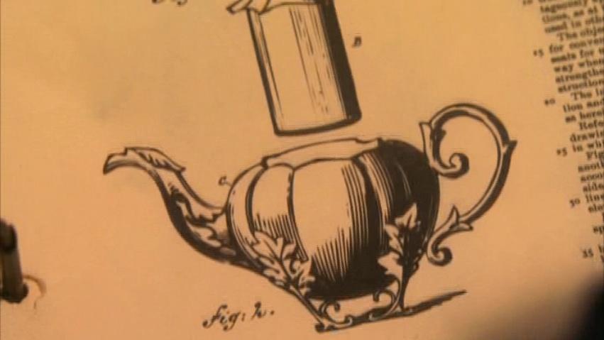 Self-Pouring Teapot