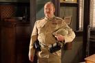 Inspector Brackenreid (Thomas Craig) has enlisted