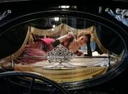 1410 burlesque dancer carriage