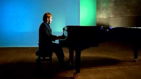 Elton_John_-_Something_About_The_Way_You_Look_Tonight
