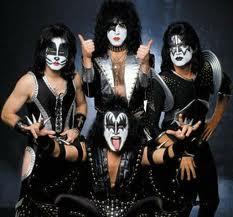 Kiss (band)